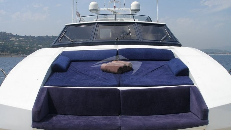 Foredeck Seating and Sunpads