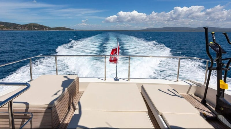 F12 :: View from Aft