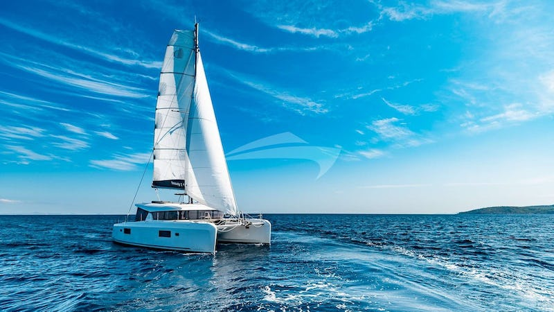 Yacht Charter BEAUTY L