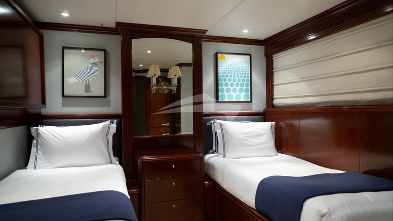 ODIN :: Twin Stateroom