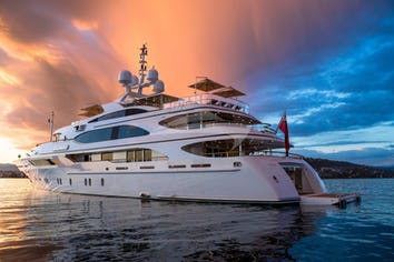 183ft Yacht GALAXY