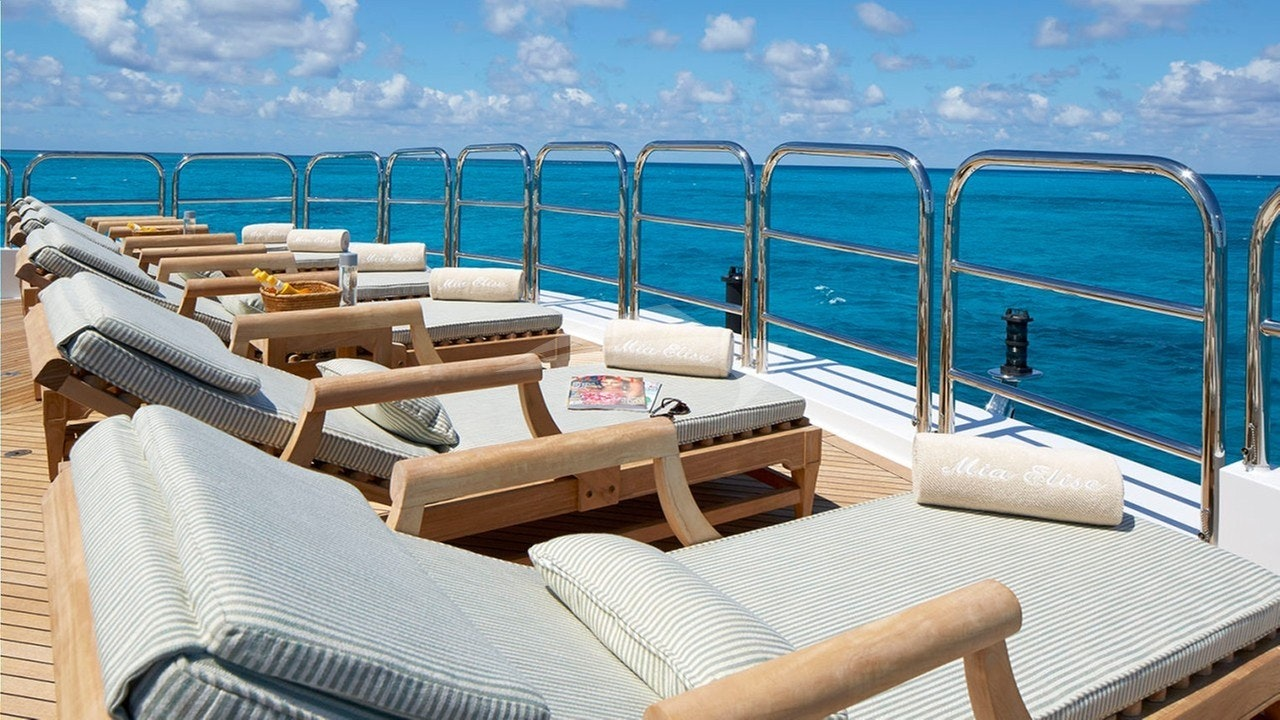 Sundeck aft - lounge area on stern
