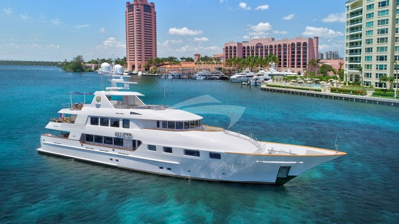 Yacht Charter AQUASITION