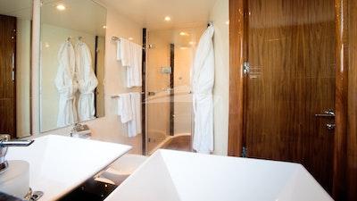 Salle de bain détail 2