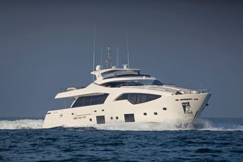 107ft Yacht ALANDREA