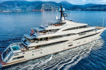 242ft Yacht CLOUD 9