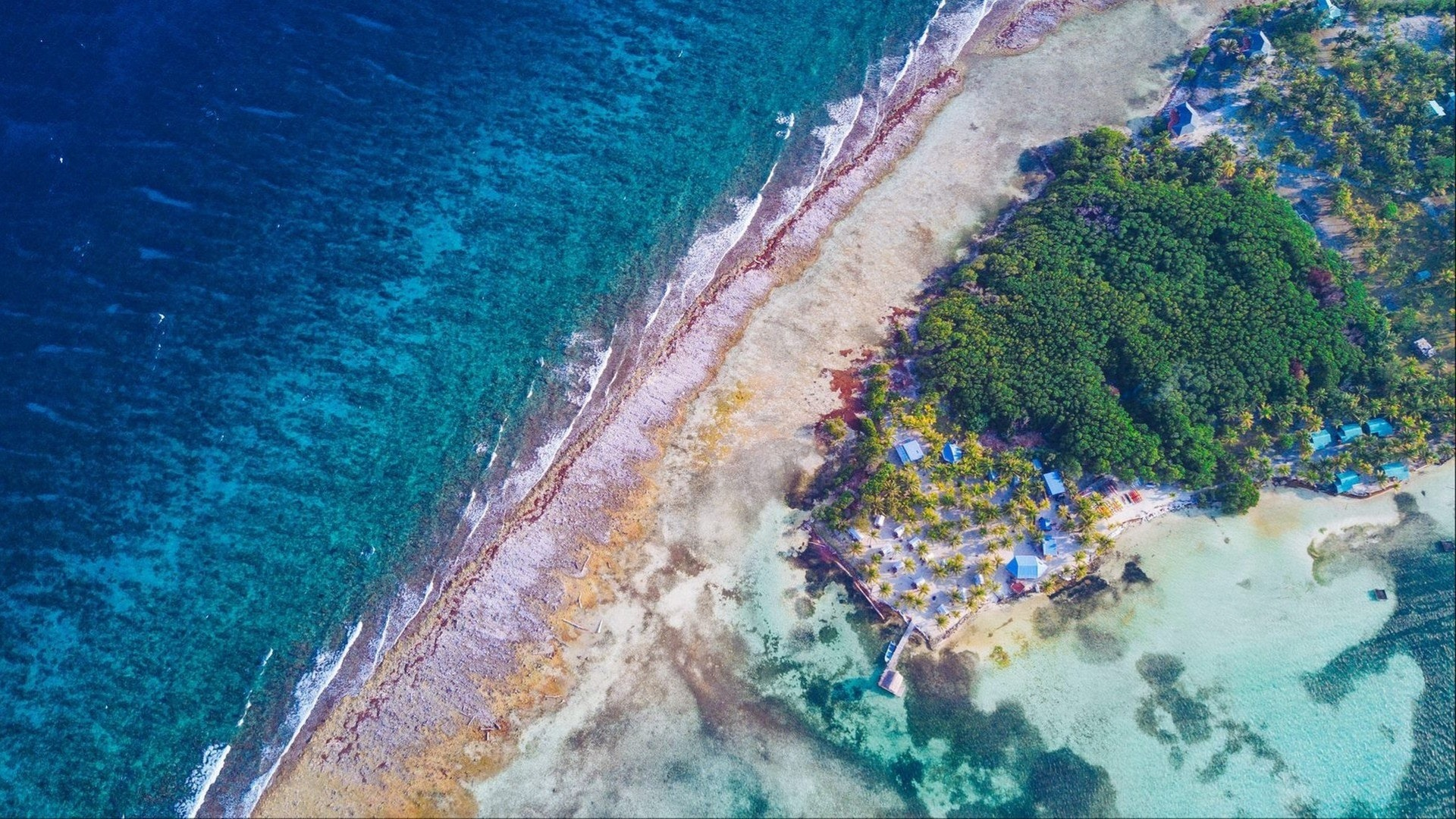 Glover's Reef Atoll in Belize