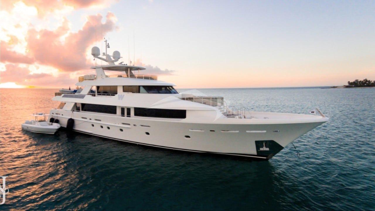 Yacht W Charter Yacht