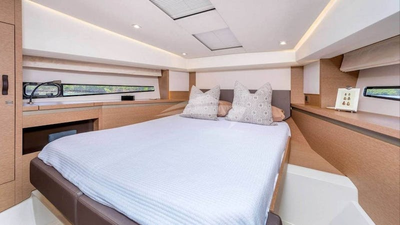 Forward Double Bed Cabin
