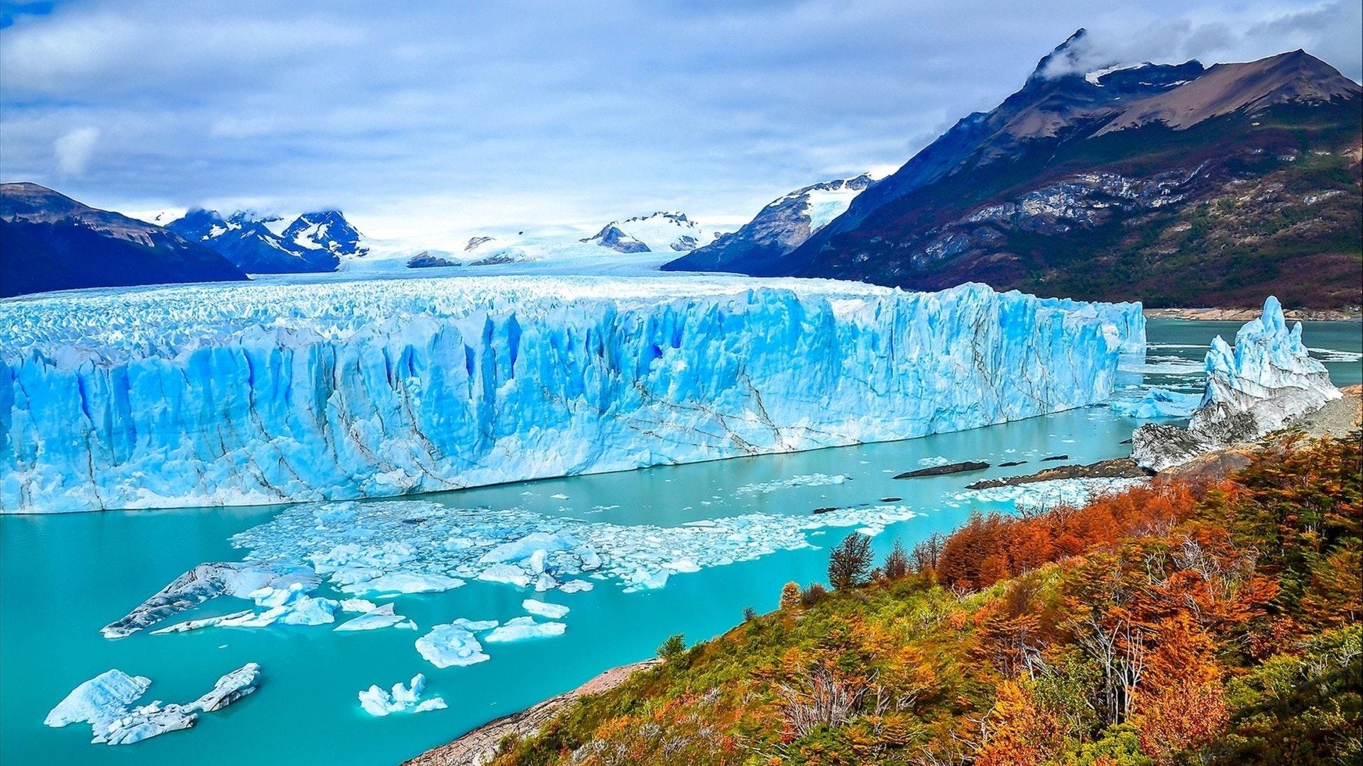 Perito Moreno glacier panoramic landscape in Patagonia