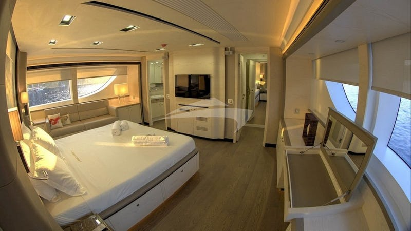 ARCHSEA :: Master Stateroom with TV
