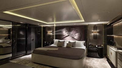 SEALYON YACHT FOR CHARTER