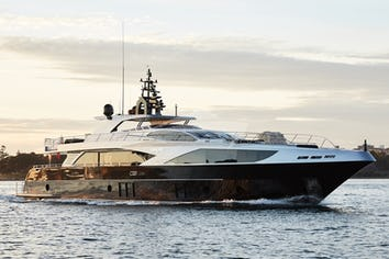 121ft Yacht GHOST II