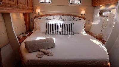 Aft Starboard  King Master Cabin