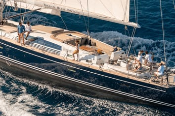 Luxury charter yacht GRAND BLEU VINTAGE