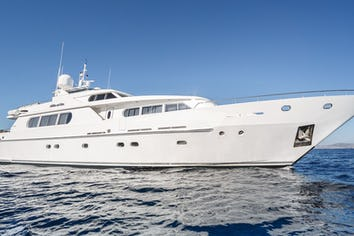 114ft Yacht MILOS AT SEA