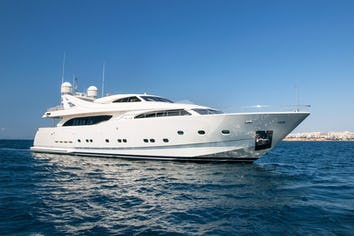 111ft Yacht WHISPER V