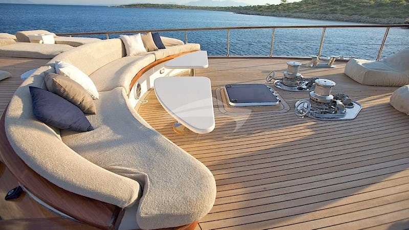 MISS B :: Deck Seating
