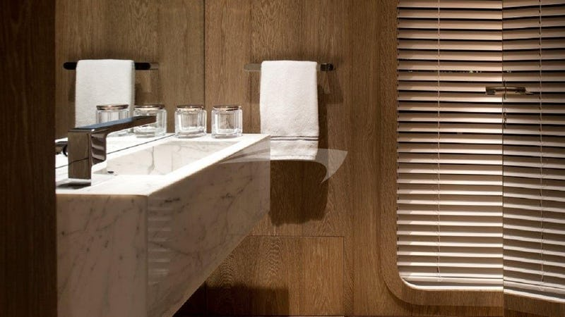 ORIENT STAR :: Bathroom