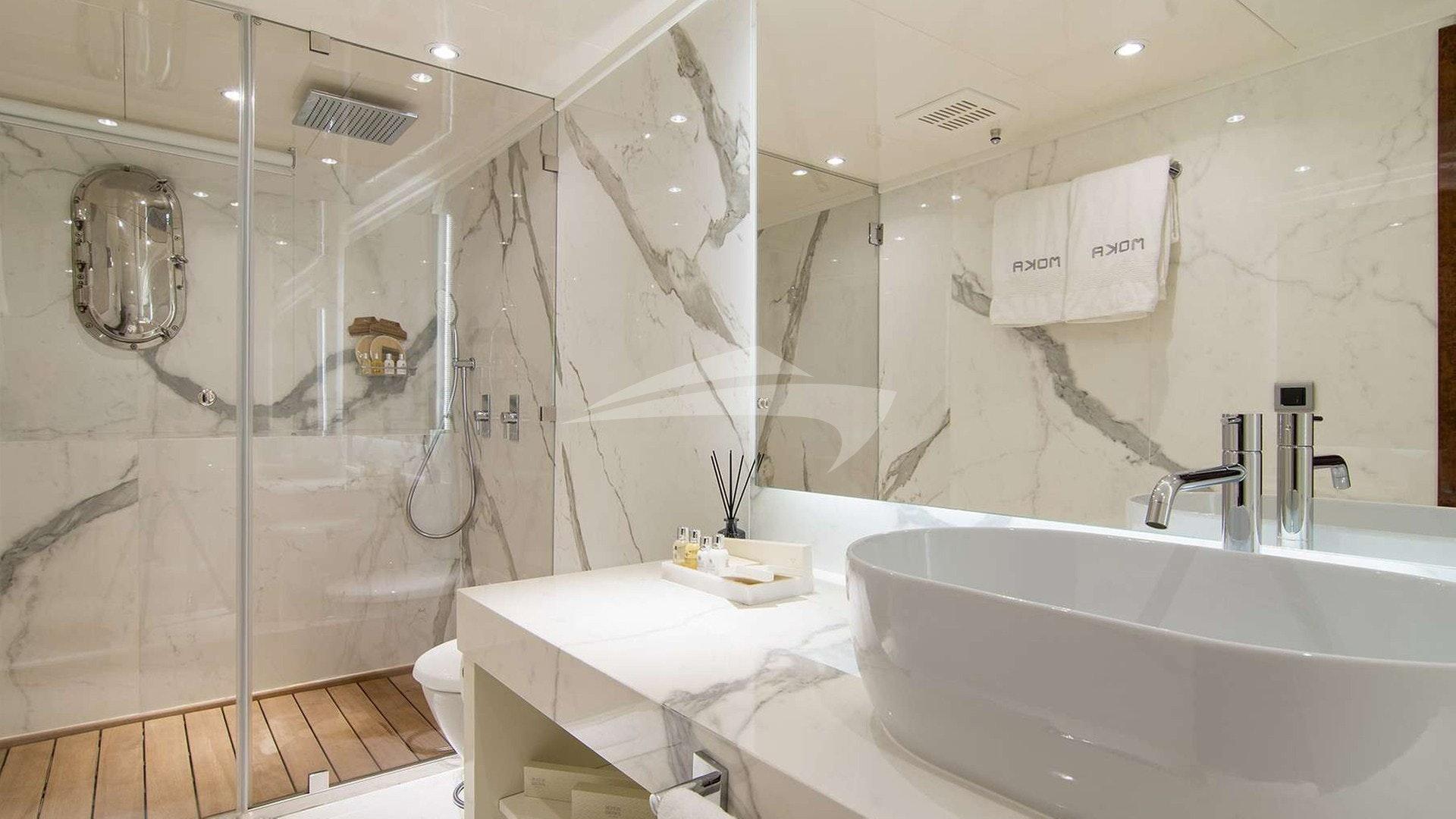Casa de banho dupla