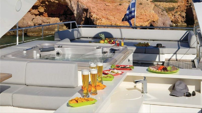 Jacuzzi Top Deck