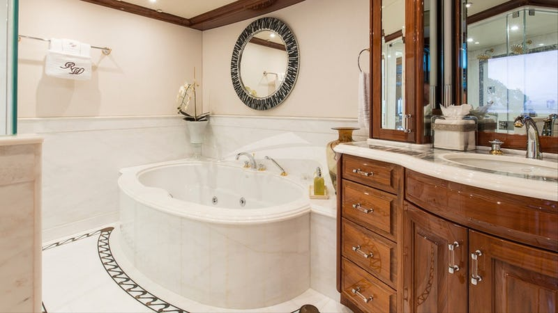 REMEMBER WHEN :: Master bathroom