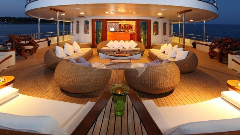 SHERAKHAN :: Aft deck at night