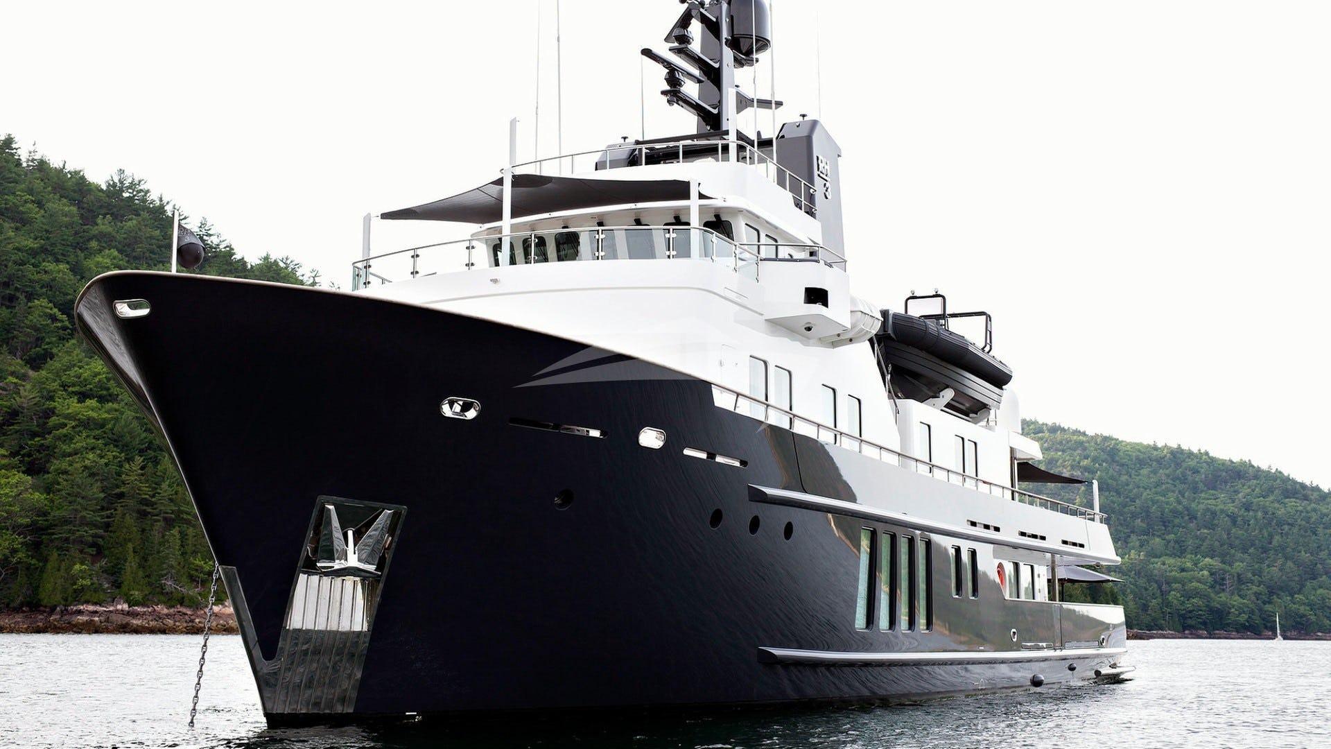 Yacht RH3 Charter Yacht