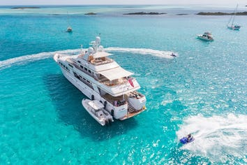 142ft Yacht LADY J