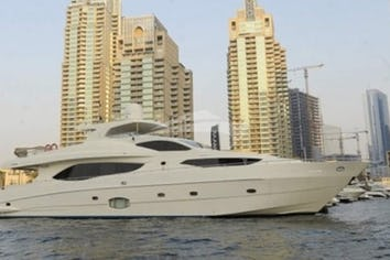 101ft Yacht INFINITY 7