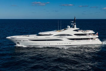 238ft Yacht QUANTUM OF SOLACE