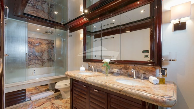 TRENDING :: Bathroom