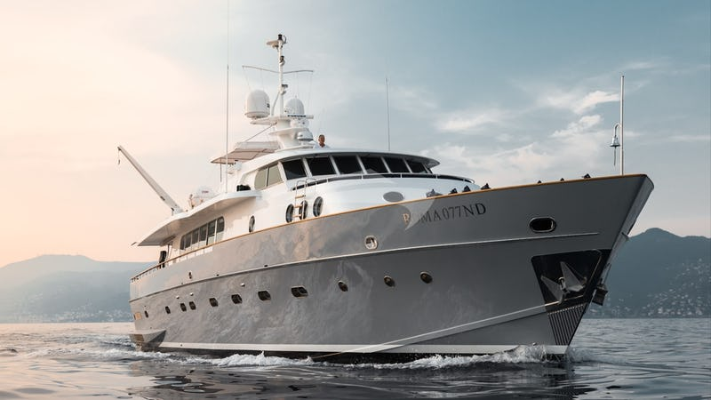 Yacht Charter PAOLUCCI