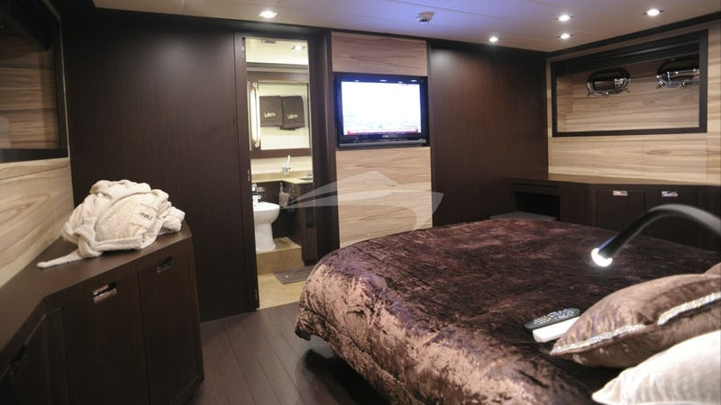 Double master suite