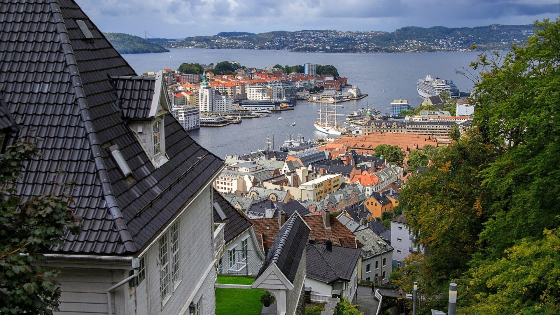 View of Bergen with Mount Floyen funicular rails